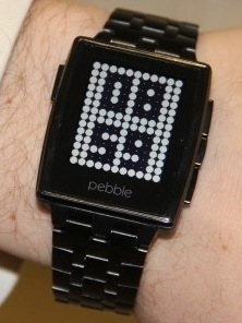 Pebble smartwatch leak suggest Metal & Gorilla Glass version coming