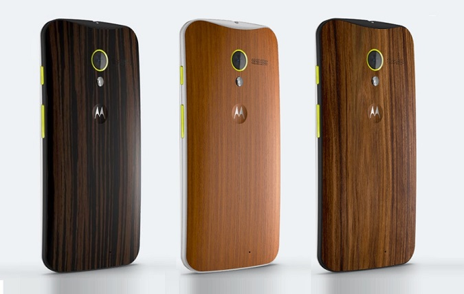 Moto X in Walnut and Teak finish now available on Flipkart