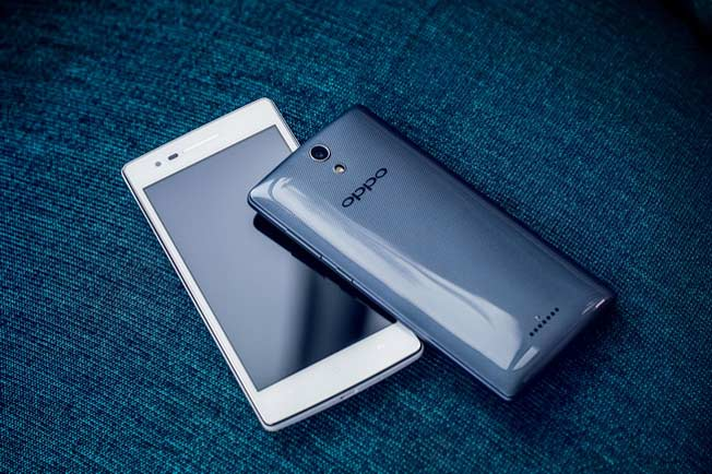 Oppo Mirror 3 with 4.5 inch HD Screen launched in India for Rs. 16,999