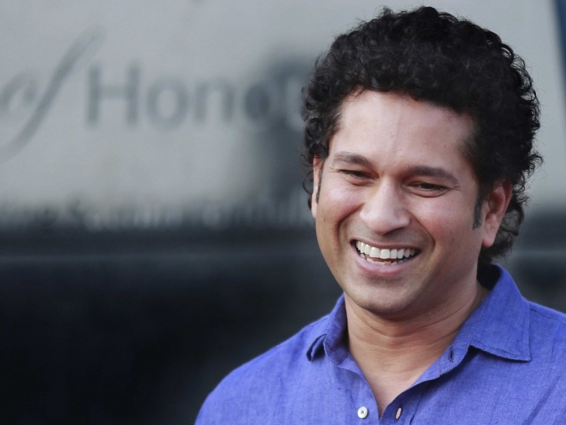 Sachin Tendulkar invests in Smartron and becomes Brand Ambassador