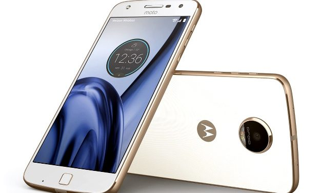 Motorola Moto Z Play vs OnePlus 3 vs Xiaomi Mi 5: Can the Latest Entrant Take on the Existing Champs?