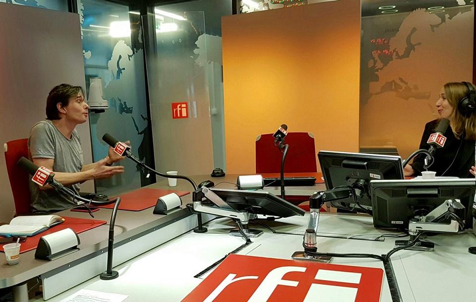 Alexandre Despallieres Radio France Internationale avec Charlie Dupiot
